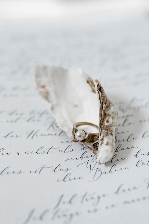 Hochzeitsfotograf-Sauerland-Papeterie-2019-PENNIE+CAM-Einladung-Hochzeit-save-the-date-detailshoot-4